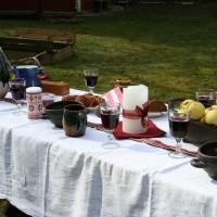 Gaidot valsts simtgadi, Latvijas institūts aicina latviešus visā pasaulē svinēt baltā galdauta svētkus