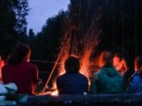 Aicinājums pieteikties Eiropas latviešu skolas vecuma jauniešu vasaras nometnei KaLVe Luksemburgā